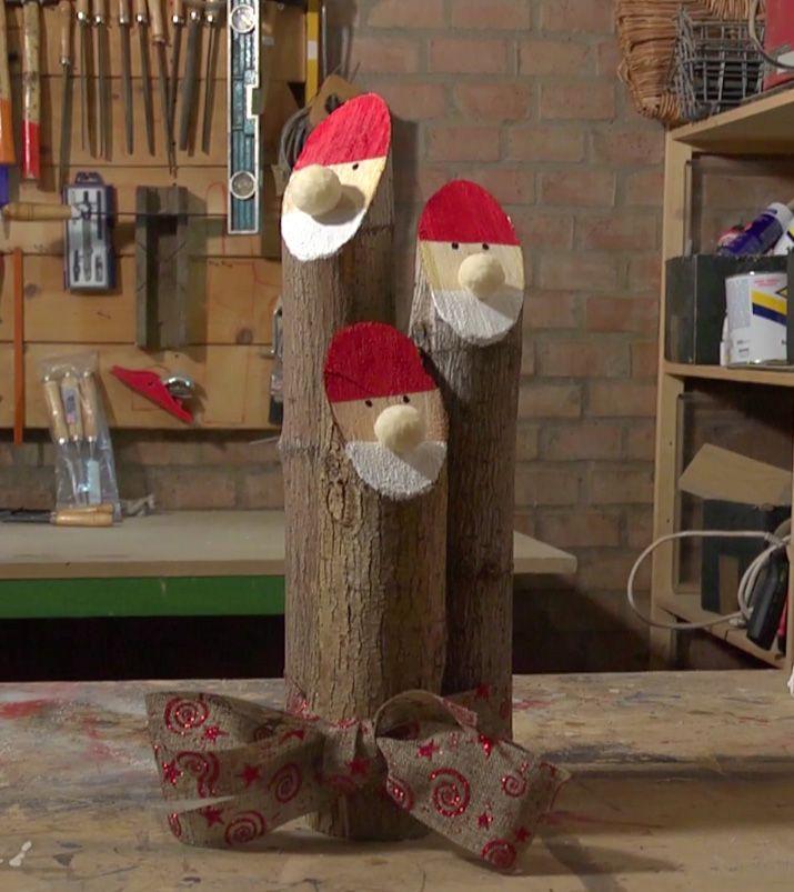 Ecco come realizzare tre simpatici Babbo Natale in legno grezzo con smalto all'acqua brillante!