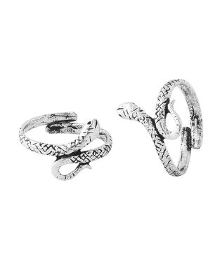 Pair Of Oxidized Toe Rings With Snake Motif |  Buy Designer & Fashion Toe Rings Online