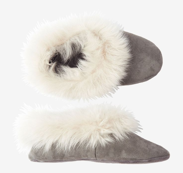 SHEEPSKIN SLIPPER | Cosy, cosseting slipper with suede outer and the softest toscana trim with shearling inside.