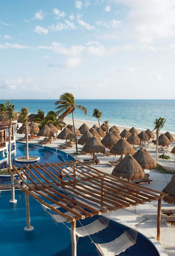 Playa Mujeres Mexico I love that row