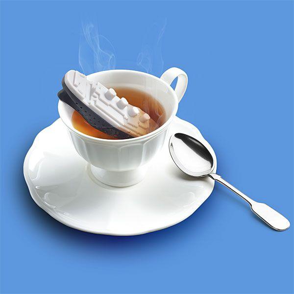 une boule à thé en forme de Titanic, pourquoi n'y ai-je pas pensé moi-même ?