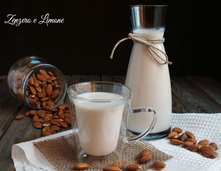 Latte di mandorle fatto in casa