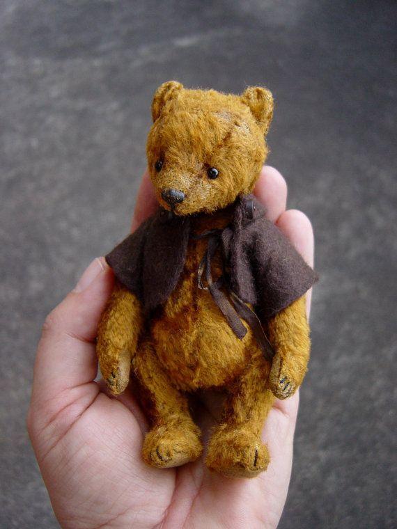 Nutsy, Miniature Gold Rayon Artist Bear by Aerlinn Bears.
