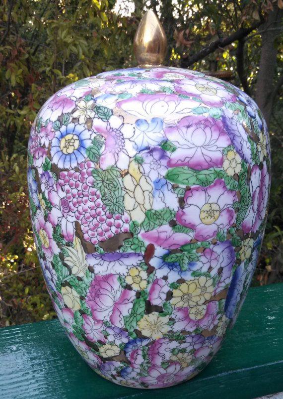 Antique Chinese Porcelain Jar Vase Famille Rose c19th Century Seal Qianlong