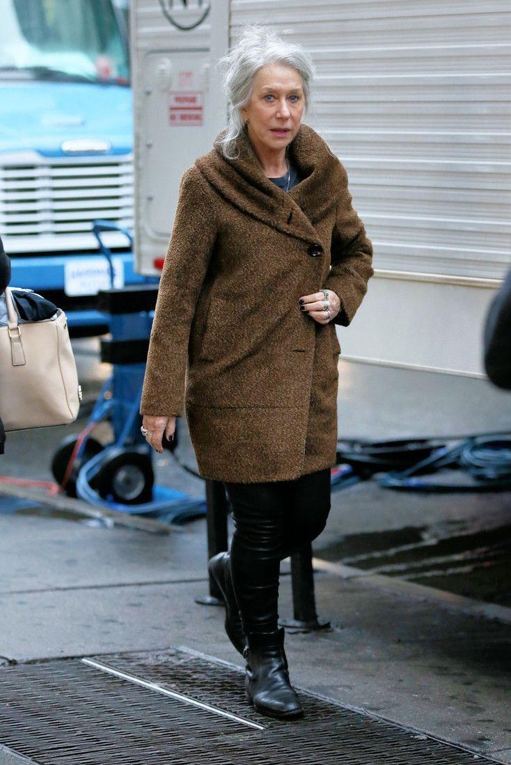 Пальто из «чебурашки» и кожаные штаны: молодежный образ 70-летней Хелен Миррен : Хелен Миррен / фото 2