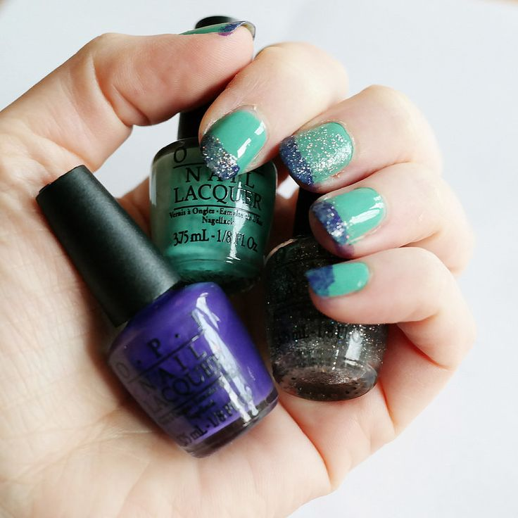OPI My Dogsled is a Hybrid, Do You Have This Color in Stock-holm? My Voice is a Little Norse (Glitter)