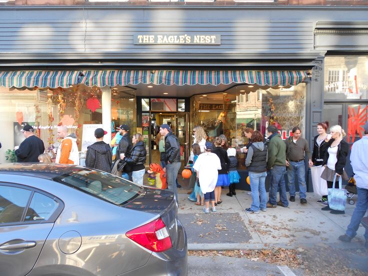 halloween store westerly ri