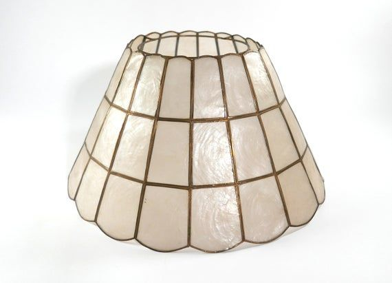 Vintage Capiz Shell Lamp Shade With Scalloped Base In 2020 Shell Lamp Lamp Shade Lamp