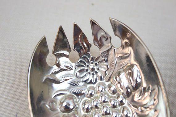 Salad Servers, Silver Plate, Embossed Servers, Vintage Silver Cutlery, Sheffield England, c1970s, Vintage Silverware Flatware