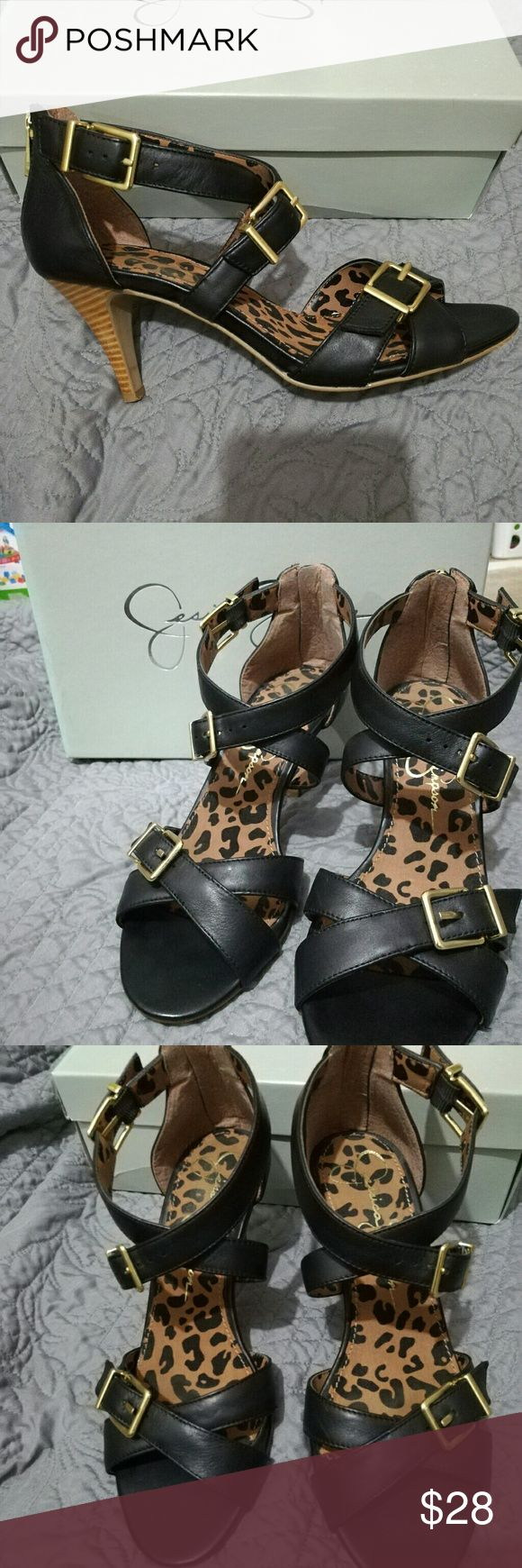 Jessica Simpson Open Toe Heels Jessica Simpson Size 8 Gold accents Adjustable Straps Shoes Heels