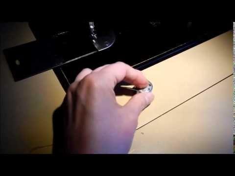 Hur man trär en Husqvarna (Viking) CB-N - How to thread a Husqvarna (Vik...