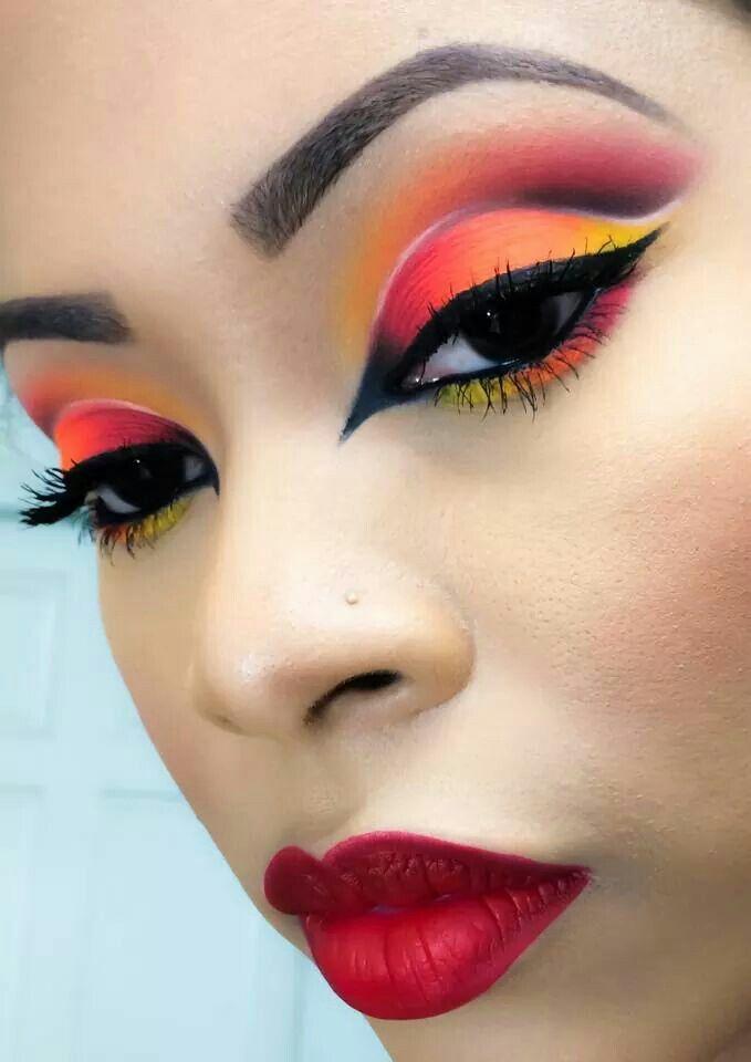 Makeup artist Amelia
