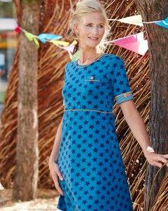 Retro style kjole med fine detaljer   - stof2000.dk