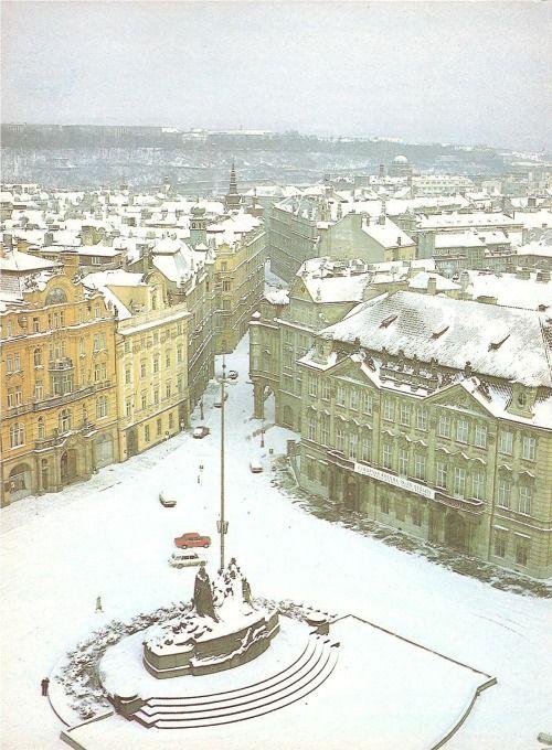 Zimní Staromák... ten klid (80. léta, foto od V. Svobody)