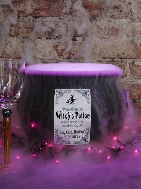 Halloween cauldron with purple fog potion & lights: