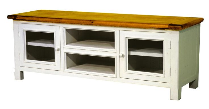 Farmyard TV unit