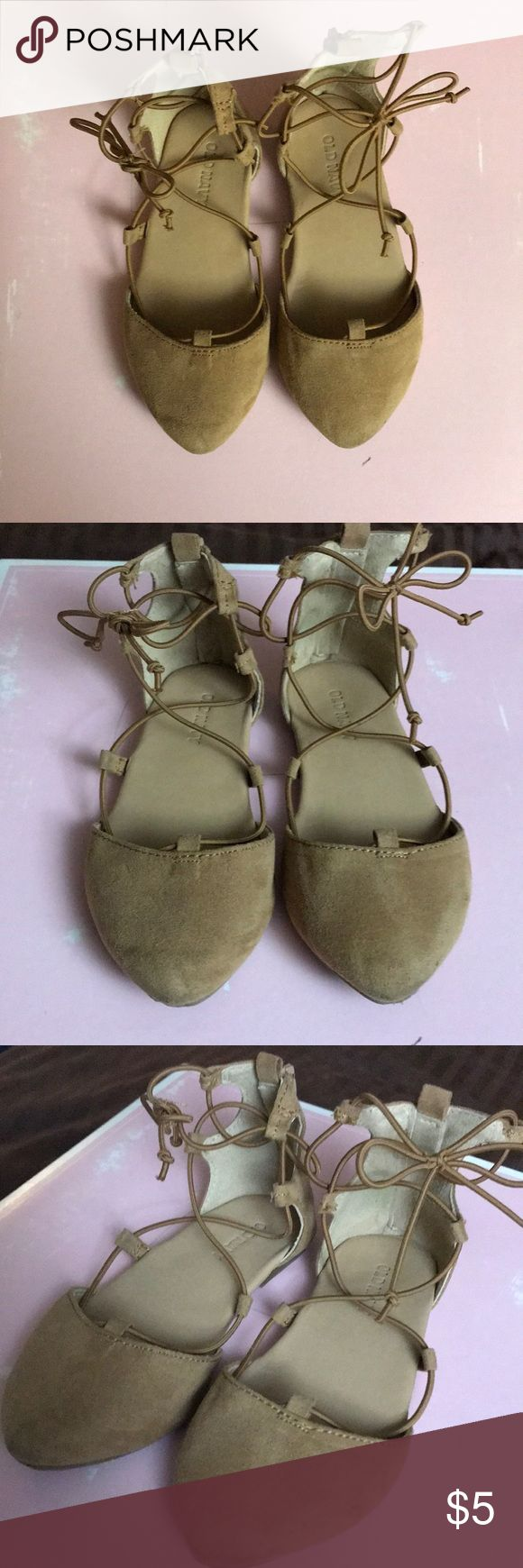 Brown suede baby girls dress shoes Brown suede little girls dress shoes  Lace up and zip heel Super cute! Old Navy Shoes Dress Shoes