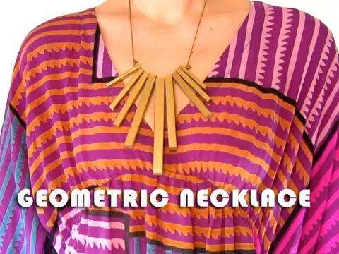 Awesome Geometric Necklace: Diy Geometric, Diy Necklaces, Statement Necklaces, Diy Crafts, Diy Tutorials, Videos Tutorials, Cool Necklaces, Wood Necklaces, Geometric Necklaces