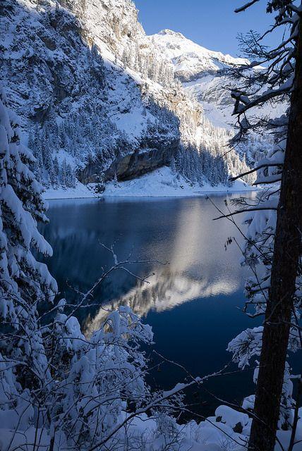 SWITZERLAND - WINTER - SNOW - Oeschinen - see ---   (Berner Oberland)    Schweiz