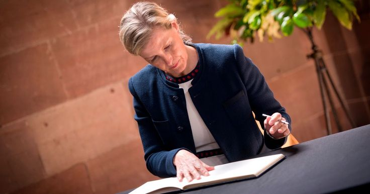 The Countess of Wessex left a touching message in a book of condolence during a visit to Manchester Cathedral