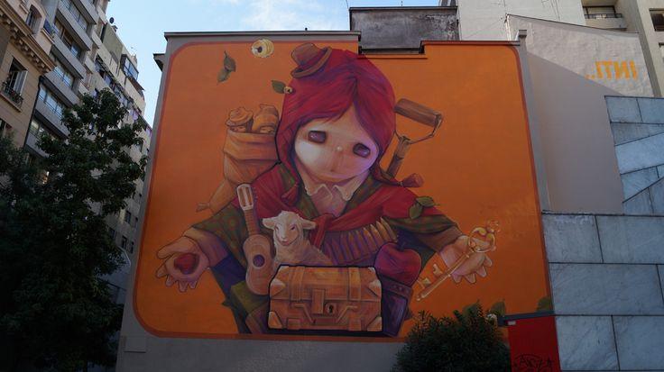 Mural realizado por el grafitero chileno Inti Castro,quien a recorrido el mundo pintando sus murales en ciudades como París,Oslo , etc !!!