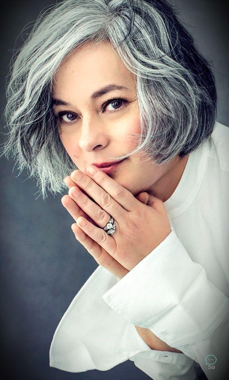 Salz und Pfeffer graue Haare. Graue Haare. Silbernes Haar