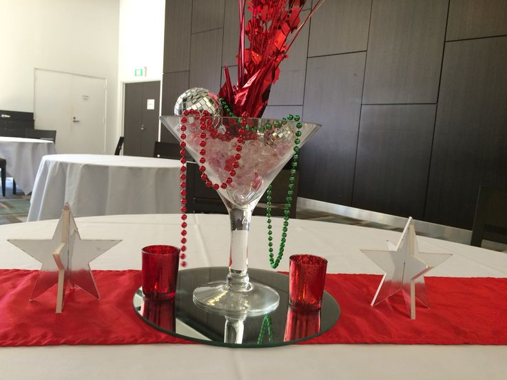 martini cocktails decoration red