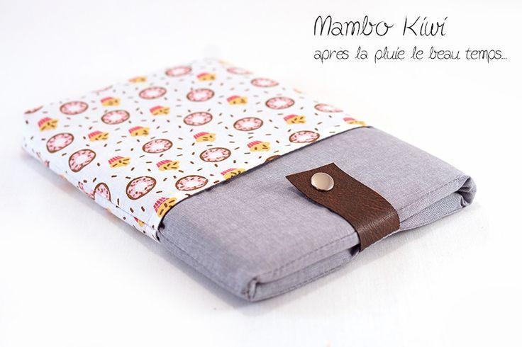 Housse Ipad mini double poche avec tissu Donuts - Etui Samsung Galaxy note - Pochette Kindle fire : Housses ordinateurs et tablettes par mambo-kiwi