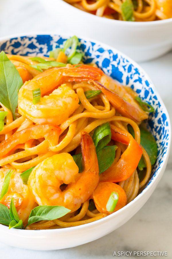 Zesty One Pot Thai Curry Shrimp Pasta on ASpicyPerspective.com #onepotmeal