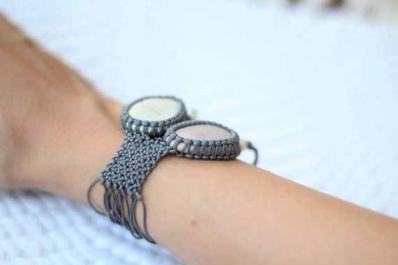 Grey knotted two pebble macramé bracelet pastel green by ilepieces