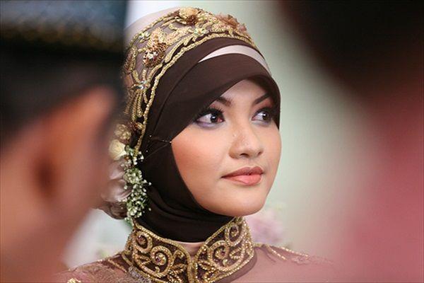 Hijab styles http://impfashion.com/hijab-styles/