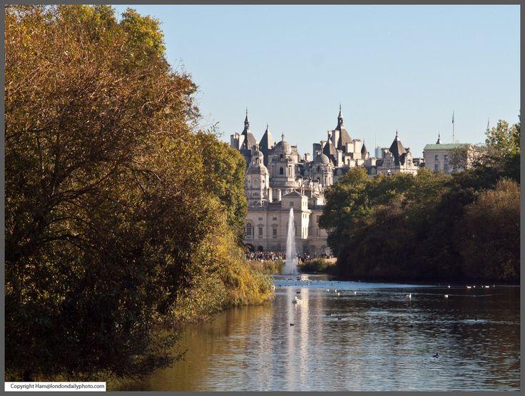 Картинки по запросу view from st james park bridge