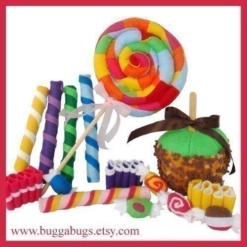São dezenas de miniaturinhas de doces, bolos, frutos, etc... parecem reais mas na realidade é artesanato feito por mãos mágicas que fazem-nos lembrar
