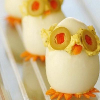 Huevos duros rellenos de ensaladilla rusa que divertidos, jajaja..., @entulínea #adelgazar con #salud y con #humor