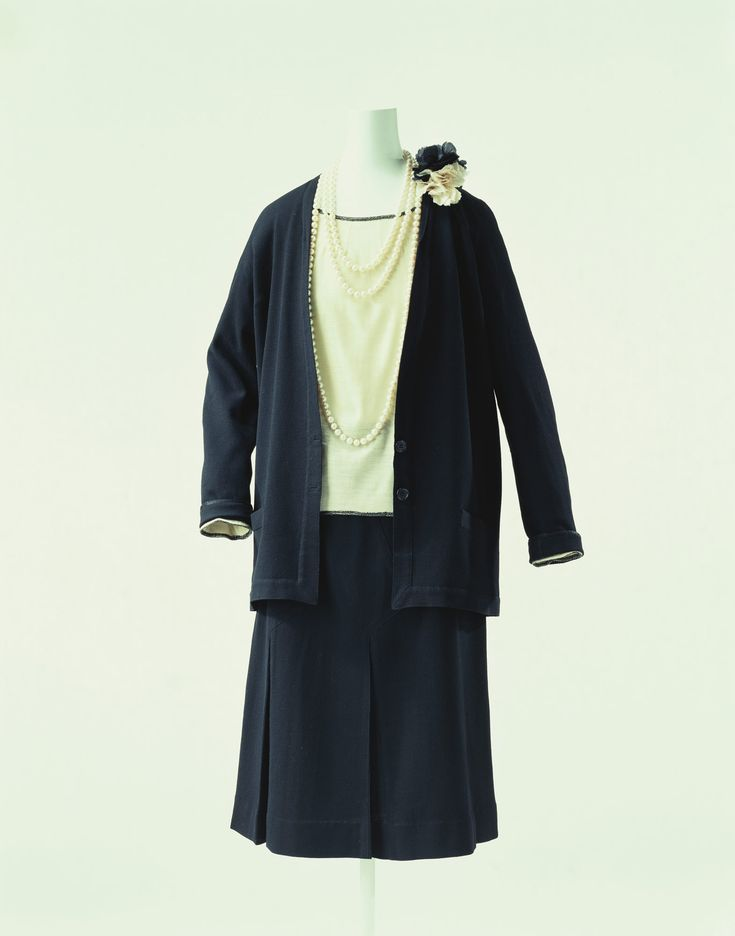 chanel jersey. day ensemble chanel c. 1928 jersey -