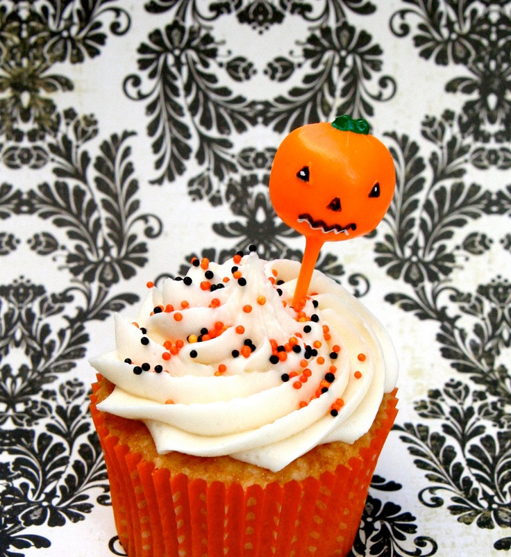 Retro Halloween Cupcake Picks - Witch, Cat, Skull, Pumpkin (12). $3.50, via Etsy.