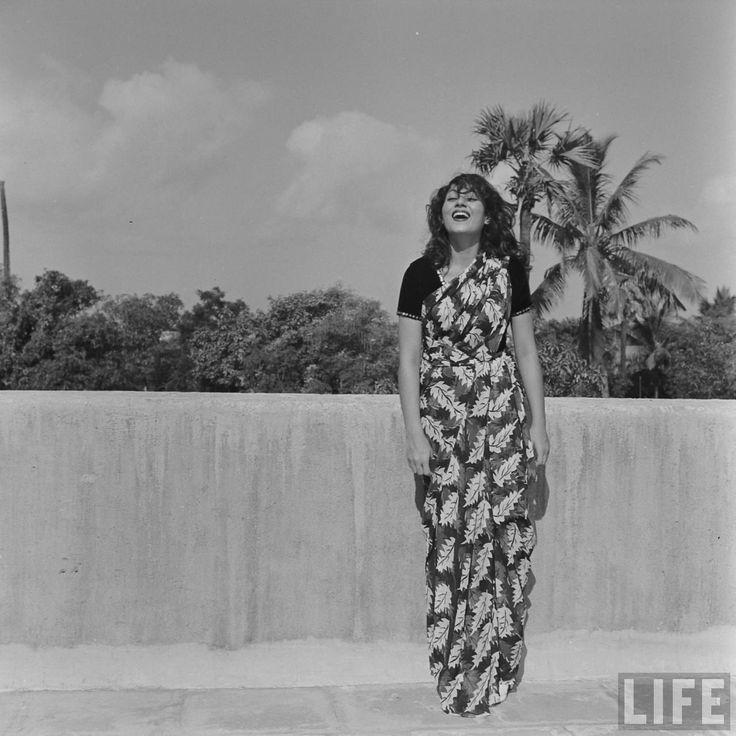 Rare Photos Of Actress Madhubala- that smile !!!