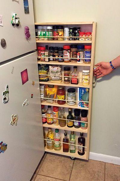 ¿Quién dijo que ordenar debe ser aburrido? Mira estas curiosas ideas para el hogar, que te inspirarán para guardar y almacenar objetos de una forma diferente. ¿Ves esa pequeña grieta que queda junto a tu refrigerador? Podrías transformarla en un...