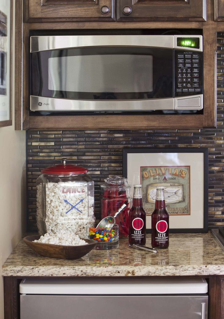 Basement Family Room Kitchenette Would Love A Tiny