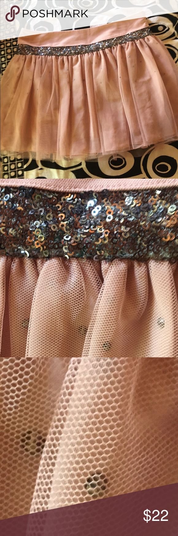 💗NEW VERA WANG PINK TULLE RHINESTONE MINI SKIRT💗 💗GORGEOUS AND BRAND NEW VERA WANG SILKY MINI WITH RHINESTONES WITH TULLE OVERLAY AND SEQUIN TRIM BAND~EXQUISITE & LOVELY💗 Vera Wang Skirts Mini