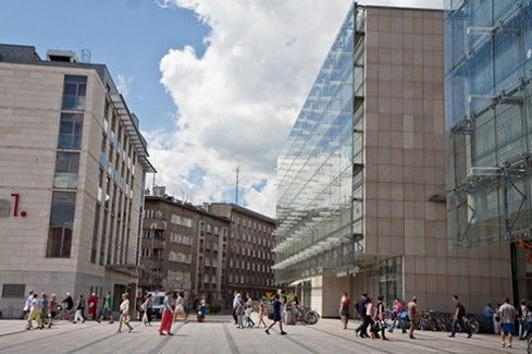 Krakow, Warsaw & Wroclaw ranked as top offshoring destinations   Link to Poland