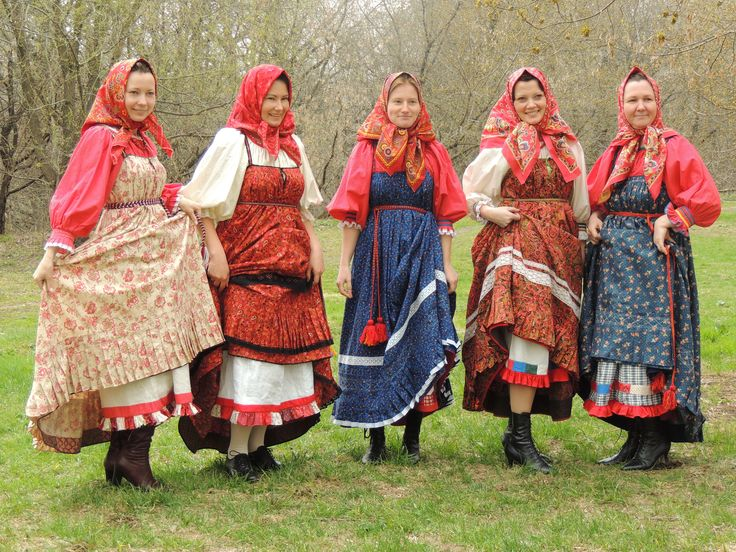 Russian traditional costume. Arkhangelsk region. Kargopol   - Explore the World with Travel Nerd Nici, one Country at a Time. http://TravelNerdNici.com