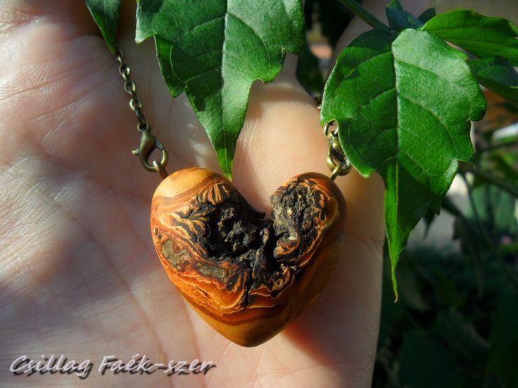 apricose wood pendant