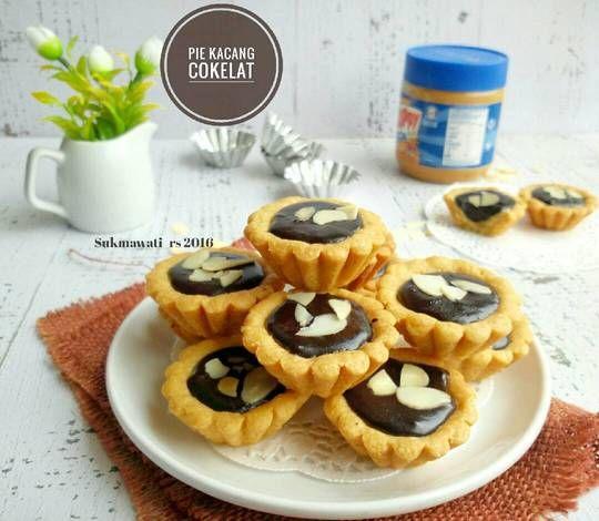Pie Kacang Cokelat Renyah