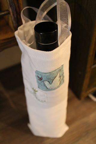 Confezione regalo per l'olio extra vergine di oliva. Creazione artigianale firmata Oleonauta. www.oleonauta.com