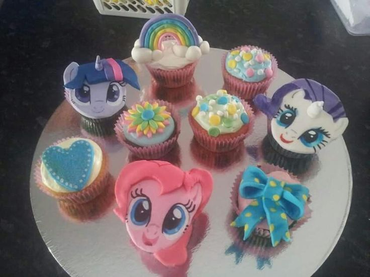 My little pony fondant cupcakes