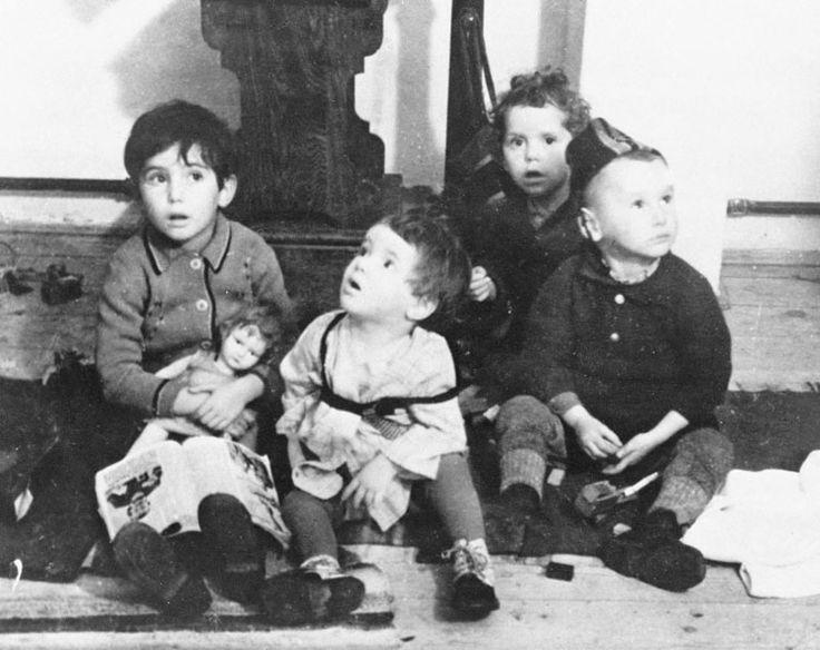 1487 best images about Jewish children on Pinterest | Anne frank ...