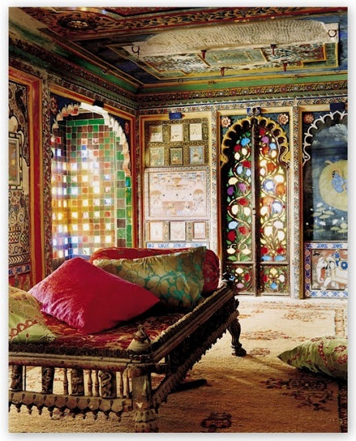 Absolutely fearless mixing of patterns in this Indian home. #design