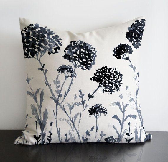 16 x 16 Wildflowers originale design cuscino di SenayStudio
