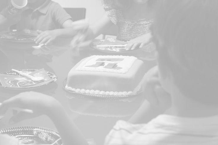 Invita a tus amigos y sorpréndelos con una fiesta de cumpleaños en The Robot Museum, un espacio que alberga una de las mayores colecciones de robots del mundo. Cumpletrónico The Robot Museum está ubicado en un espacio adaptado para celebrar reuniones y cumpleaños exclusivos. Es un escenario único donde los invitados disfrutarán tanto de la... Ver artículo